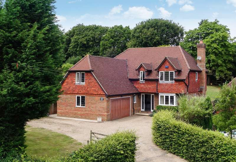 5 Bedrooms Detached House for sale in Loxwood Road, Horsham, West Sussex, RH12
