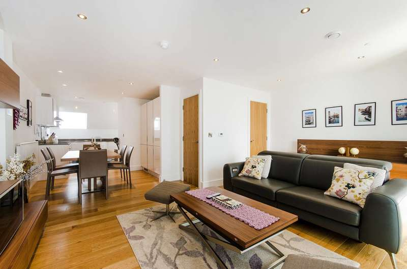 3 Bedrooms Flat for sale in Uxbridge Road, Ealing, W5