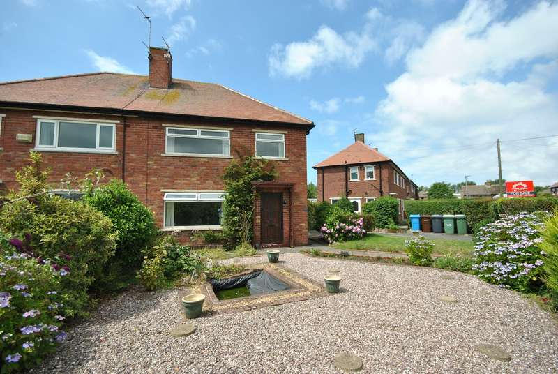 3 Bedrooms Semi Detached House for sale in Lawson Road, Lytham St Annes, FY8