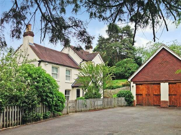 6 Bedrooms Detached House for sale in Lower Bourne, Farnham, Surrey