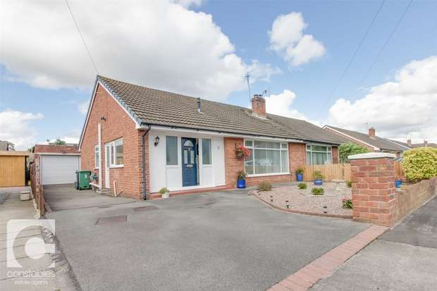 3 Bedrooms Semi Detached Bungalow for sale in Wallcroft, Willaston, Neston, Cheshire
