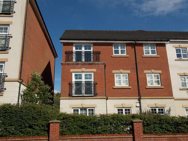 5 Bedrooms Apartment Flat for sale in Astley Brook Close, Bolton, Greater Manchester, BL1