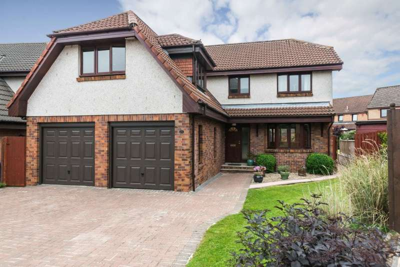 4 Bedrooms Detached House for sale in Stewart Grove, Danderhall, Midlothian, EH22 1QY