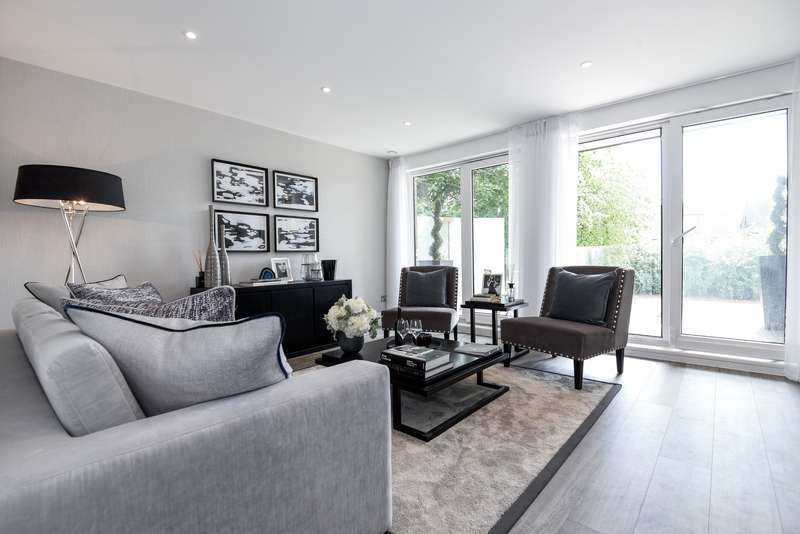 2 Bedrooms Apartment Flat for sale in Middleton Court, Wimbledon, SW20 8QA