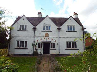 4 Bedrooms Detached House for sale in Slade Lane, Mobberley, Cheshire