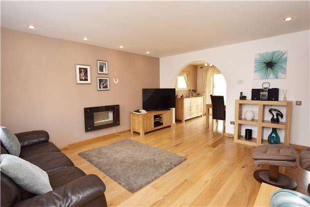 4 Bedrooms Detached House for sale in Kysbie Close, ABINGDON, Oxfordshire, OX14 1XY
