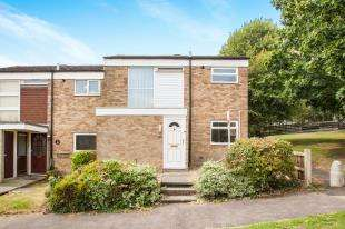 3 Bedrooms End Of Terrace House for sale in Long Meadow Way, Canterbury