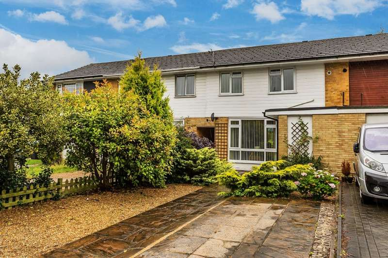 3 Bedrooms Terraced House for sale in Silkham Road, Oxted