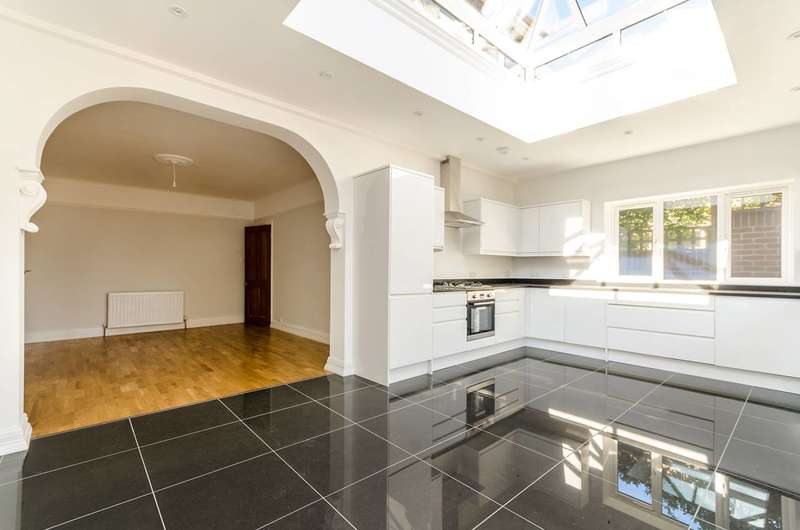 4 Bedrooms House for sale in Beulah Hill, Crystal Palace, SE19