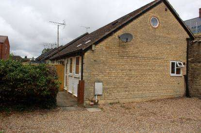 1 Bedroom End Of Terrace House for sale in Longwall, Brackley, Northamptonshire