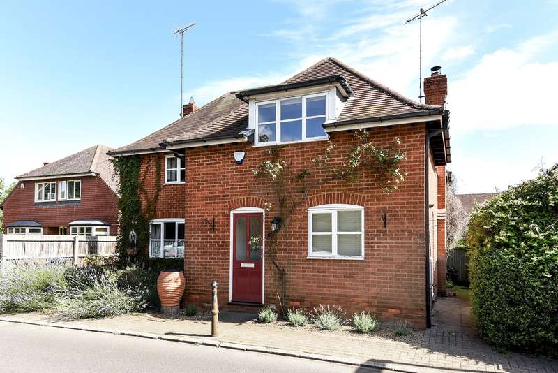 2 Bedrooms Semi Detached House for sale in High Street, Whitwell, Hitchin, SG4