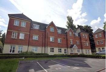 2 Bedrooms Flat for sale in Summer Drive, Sandbach CW11 4EJ