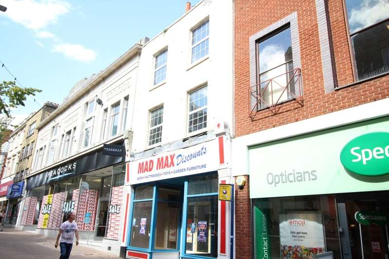 3 Bedrooms Flat for sale in High Street, Ramsgate, CT11