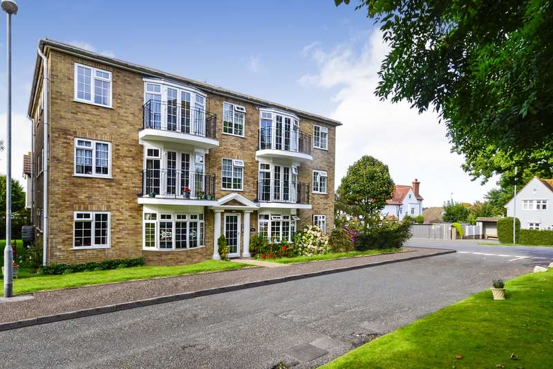 2 Bedrooms Flat for sale in Argyll Court, Eridge Close, Bexhill-On-Sea, TN39