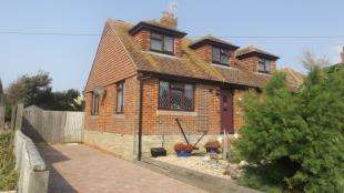 4 Bedrooms Detached House for sale in Piddinghoe Avenue, Peacehaven, Brighton, East Sussex
