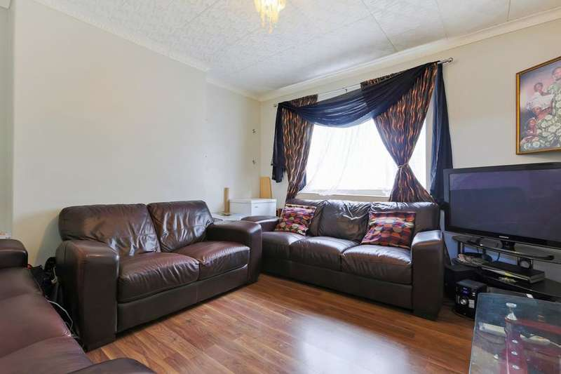 2 Bedrooms Flat for sale in Peckham Rye, London SE15
