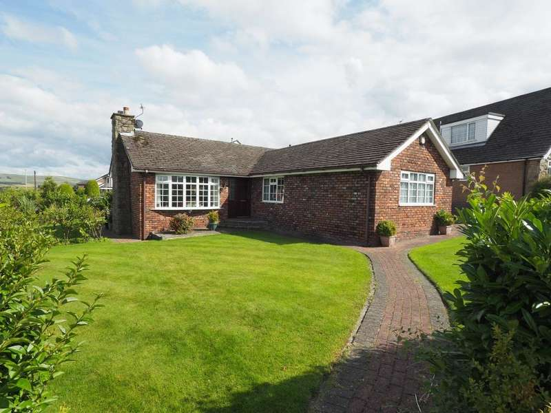 5 Bedrooms Detached Bungalow for sale in Counting House Road, Disley, Stockport, Cheshire, SK12 2DB