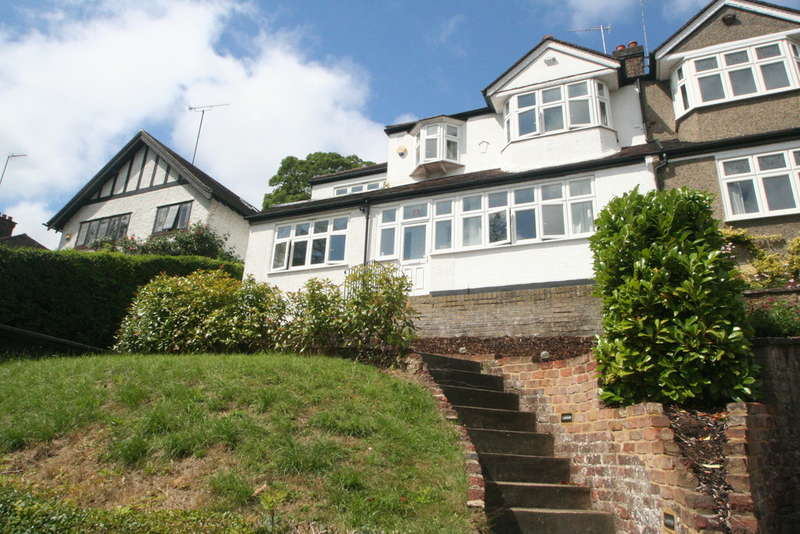 5 Bedrooms Semi Detached House for sale in WEST PURLEY