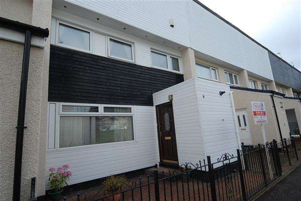 3 Bedrooms Terraced House for sale in Rowallan, Pennyburn, Kilwinning