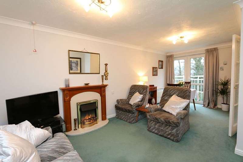 2 Bedrooms Retirement Property for sale in Wright Court, London Road, Nantwich, Cheshire, CW5 6SE