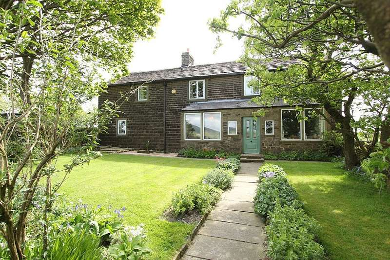 5 Bedrooms Detached House for sale in Larkhill Road, Dobcross, Oldham, Greater Manchester, OL3 5BF
