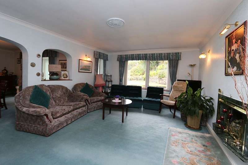 3 Bedrooms Detached Bungalow for sale in Waterloo Road, Southport, Merseyside, PR8 2HW