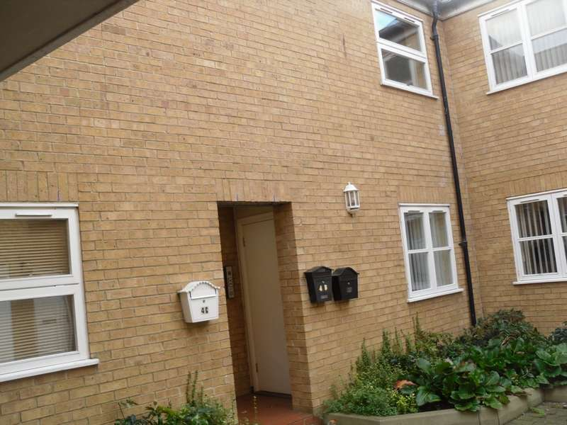 2 Bedrooms Flat for sale in St Marys Street, Whittlesey, PE7