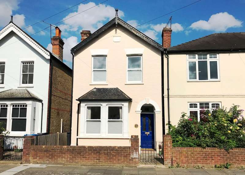 3 Bedrooms Detached House for sale in Kingston Upon Thames