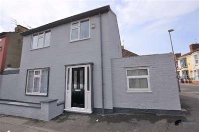 4 Bedrooms House for rent in Cameron Street, L7