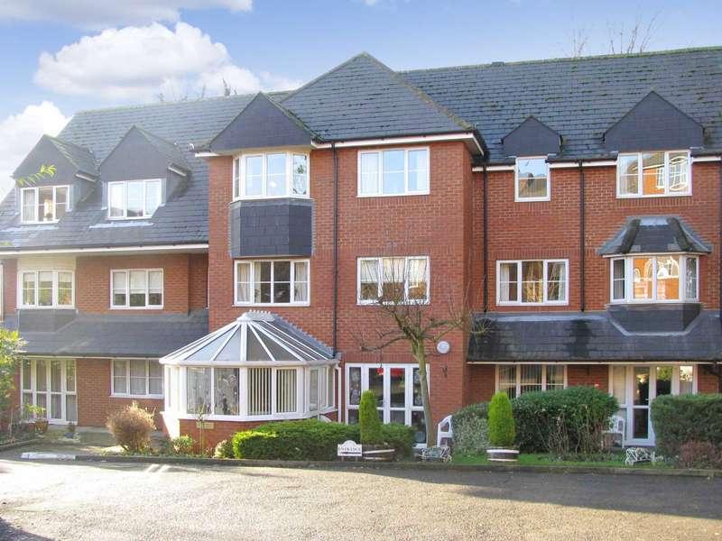 2 Bedrooms Apartment Flat for sale in Albyn House, Alexandra Road, Hemel Hempstead.