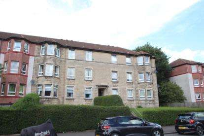 3 Bedrooms Flat for sale in Broomknowes Road, Glasgow, Lanarkshire