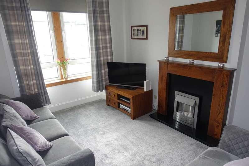 2 Bedrooms Flat for sale in Bell Street, Renfrew