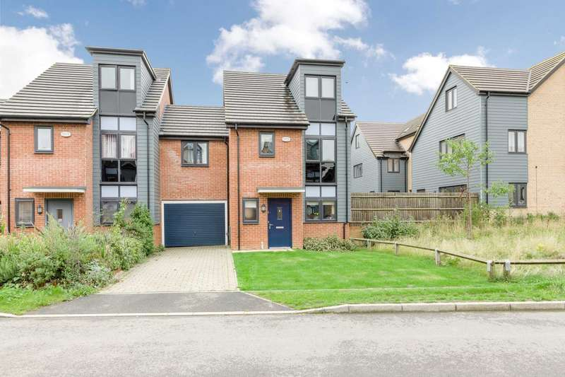 5 Bedrooms Link Detached House for sale in Holland Way, Milton Keynes