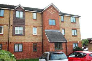 2 Bedrooms Flat for sale in Salmon Road, Dartford, Kent