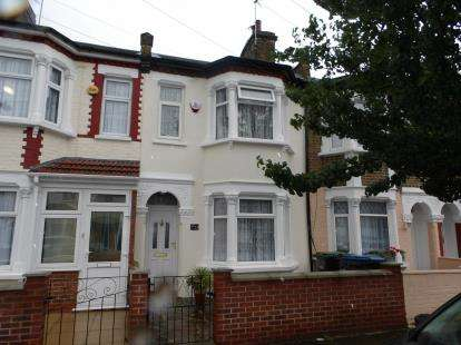 3 Bedrooms Terraced House for sale in Balham Road, Edmonton, London