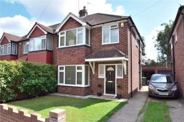 3 Bedrooms Semi Detached House for sale in Kings Road, Uxbridge, Middlesex