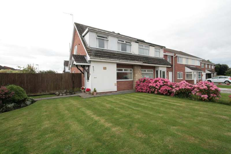3 Bedrooms Semi Detached House for sale in Baytree Close, Southport, PR9 8RE