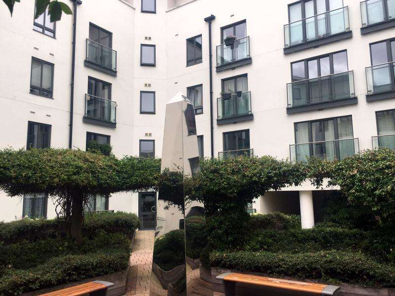 2 Bedrooms Apartment Flat for sale in Holford Way, Putney, SW15