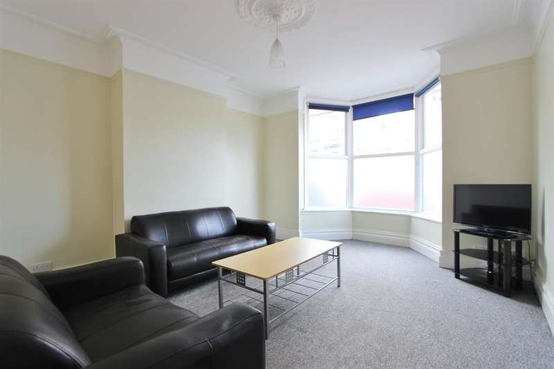4 Bedrooms Terraced House for rent in Peveril Road, Sheffield, S11 7AP