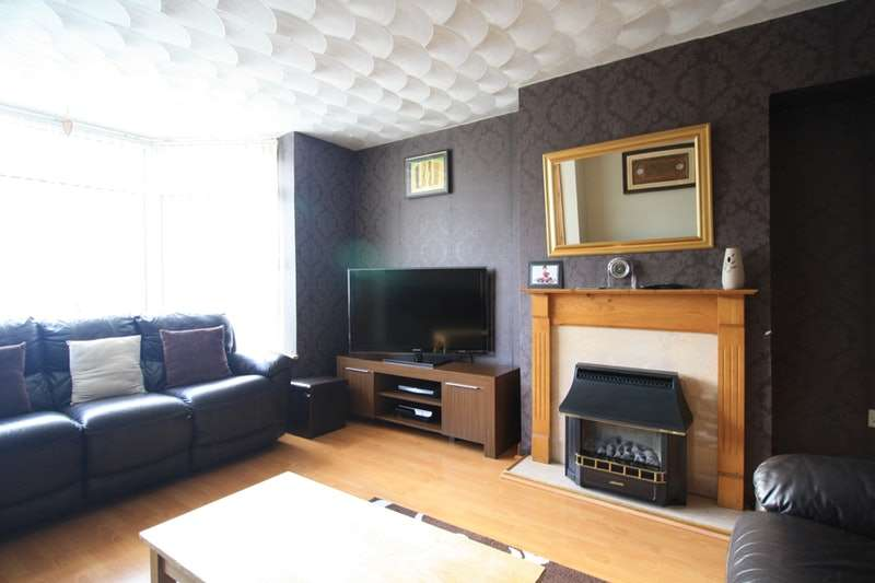 4 Bedrooms Semi Detached House for sale in cotterills lane, birmingham, West Midlands, B8