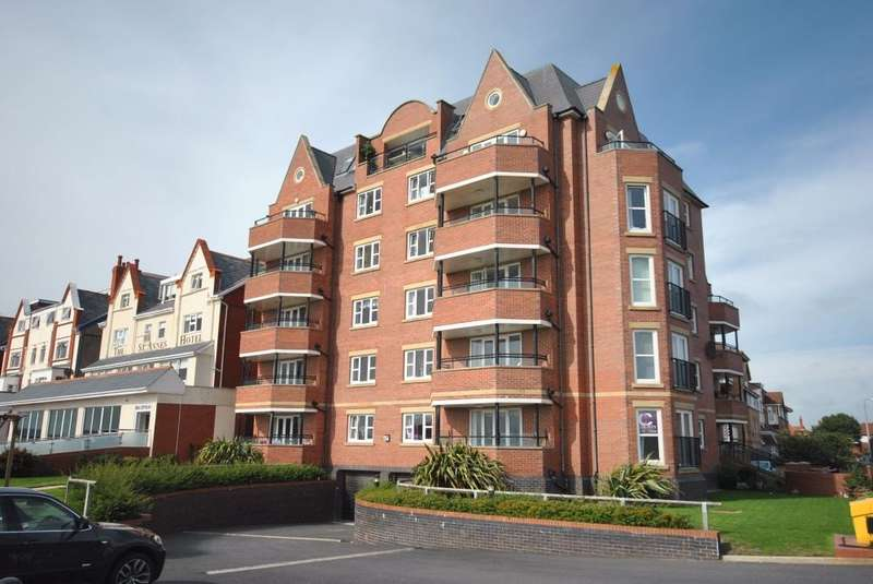 2 Bedrooms Apartment Flat for sale in 73 South Promenade, LYTHAM ST ANNES, FY8