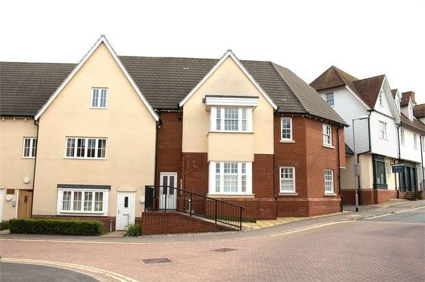 1 Bedroom Flat for sale in White Hart Way, Dunmow, Essex