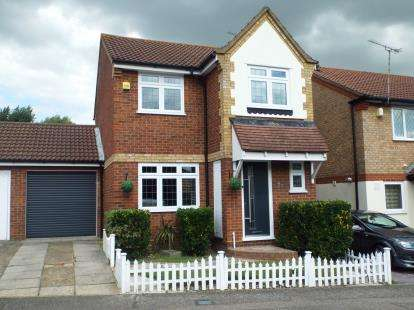 3 Bedrooms Link Detached House for sale in Aveley, Essex