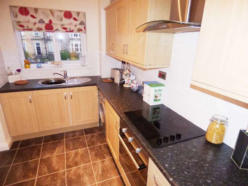 2 Bedrooms Apartment Flat for sale in Blenheim Terrace, Redcar
