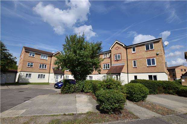 2 Bedrooms Flat for sale in Mullards Close, MITCHAM, Surrey, CR4 4FE