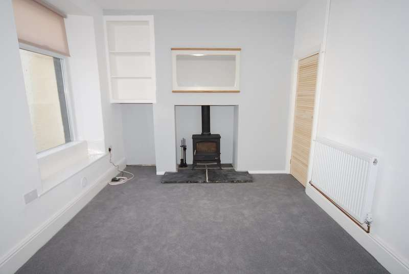 2 Bedrooms Terraced House for sale in Three Bridges, Ulverston, Cumbria, LA12 0HG