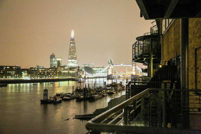 3 Bedrooms Flat for sale in Capital Wharf, Wapping, E1W