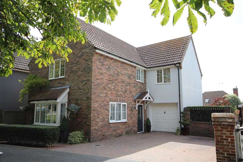 4 Bedrooms Detached House for sale in The Green, The Street, Little Clacton