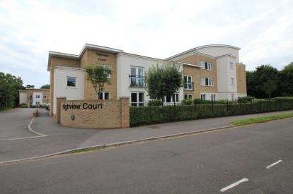 2 Bedrooms Retirement Property for sale in 46 Wortley Road, Christchurch, Dorset