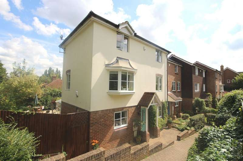 3 Bedrooms Town House for sale in ALLINGTON